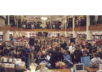Robert Jordan at the Harvard Coop Bookstore
